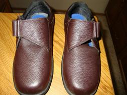ORTHOFEET  DIABETIC THERAPEUTIC SHOES   SIZE 9   EXTRA WIDE